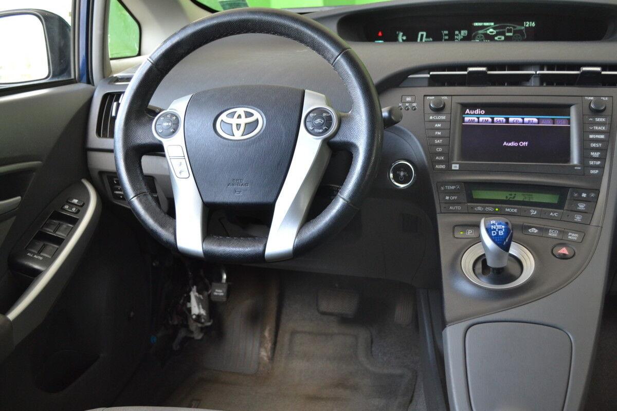 Прокат авто Toyota Prius 2010 - фото 10