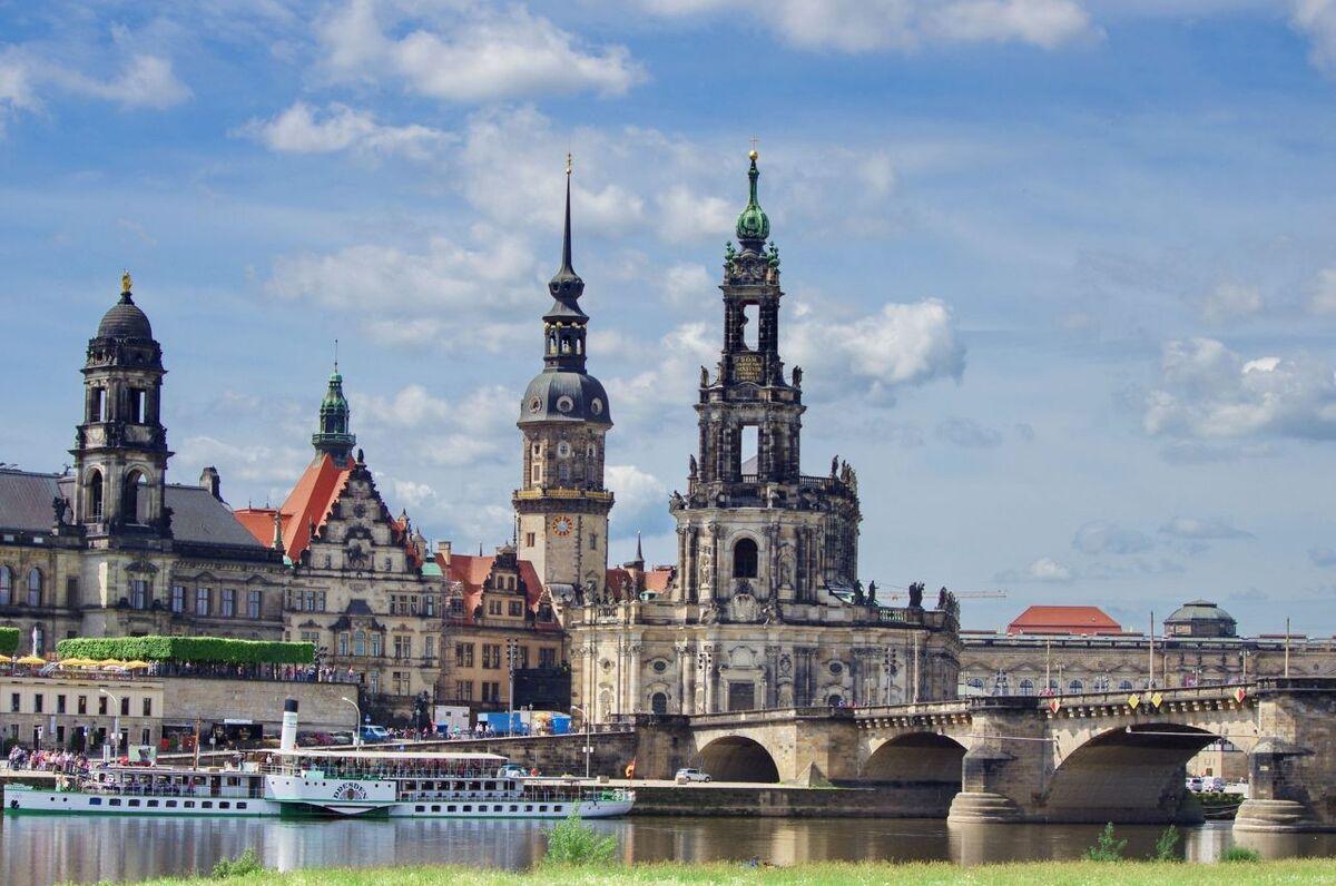 Туристическое агентство Респектор трэвел Автобусный экскурсионный тур «Выходные в Дрездене и Праге» - фото 3