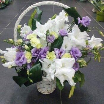 Магазин цветов Ветка сакуры Композиция Корзина № 47 - фото 1