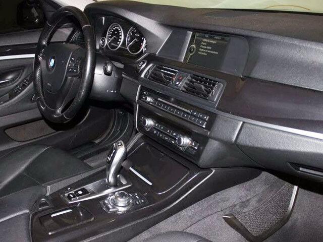 Прокат авто BMW 5 F10 2010 - фото 3