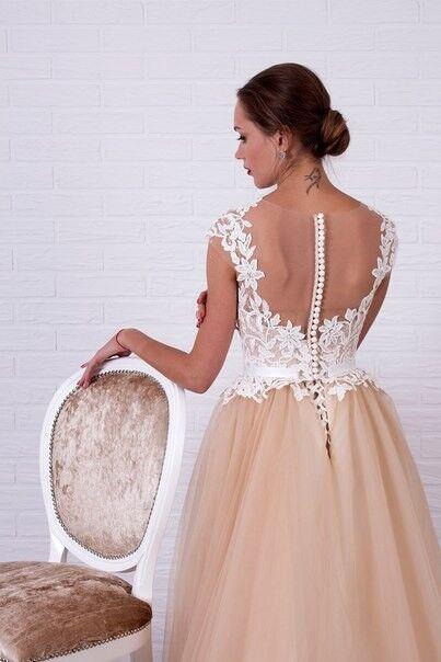 Свадебное платье напрокат Shkafpodrugi Свадебное платье с кружевным белым верхом и пышной юбкой-пачкой 0006-16 - фото 2
