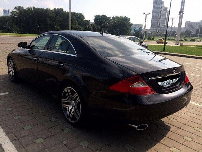 Прокат авто Mercedes-Benz W219 CLS Чёрного цвета - фото 2