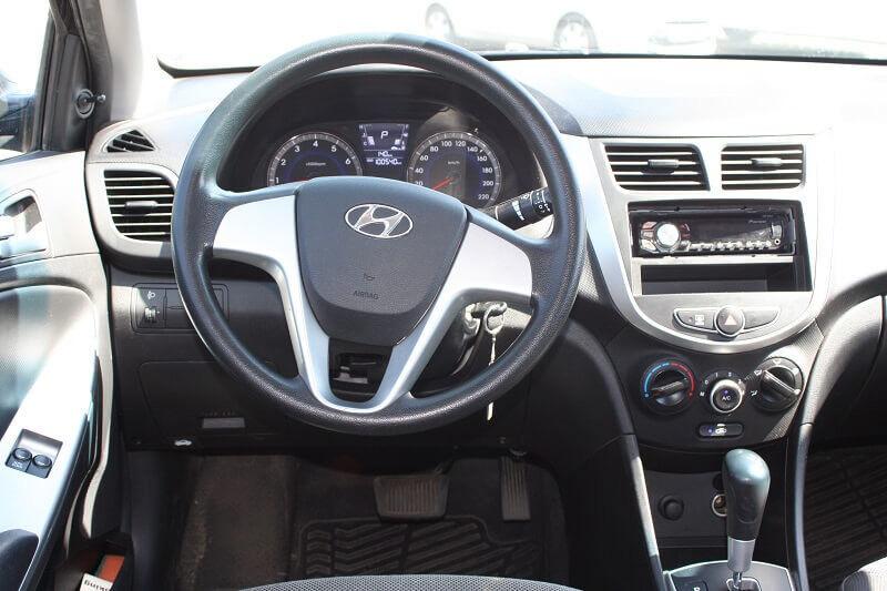 Аренда авто Hyundai Solaris 2013 г.в. - фото 3