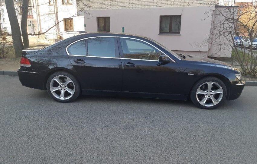 Прокат авто BMW 730i - фото 4
