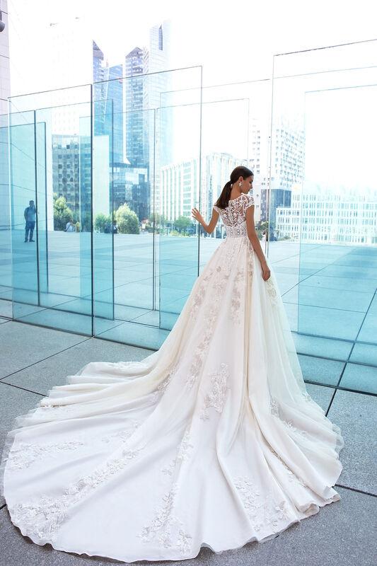 Свадебное платье напрокат Crystal Dinara - фото 2