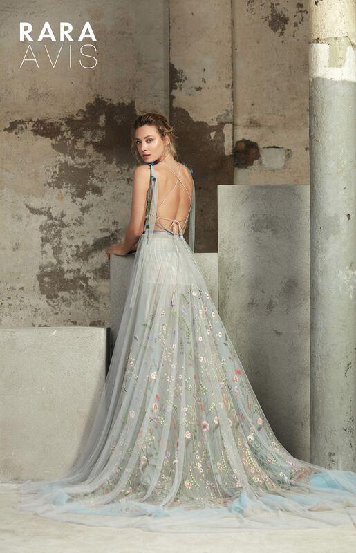 Свадебный салон Rara Avis Свадебное платье Floral Paradise Lofgren - фото 2