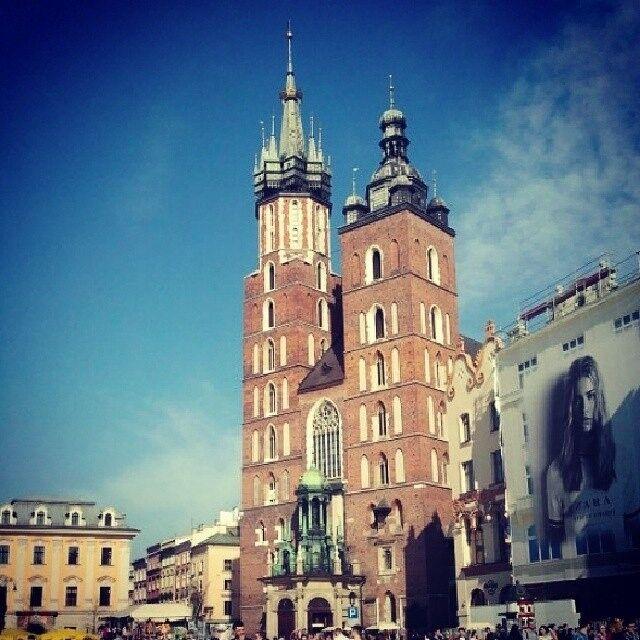 Туристическое агентство Голубой парус Автобусный экскурсионный тур «Краков – Величка – Освенцим» - фото 1