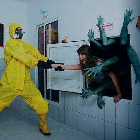 Квест PodZamkom Квест «Зомби-апокалипсис» на 2 чел. - фото 1