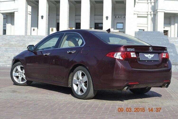 Аренда авто Acura TSX вишневого цвета - фото 4