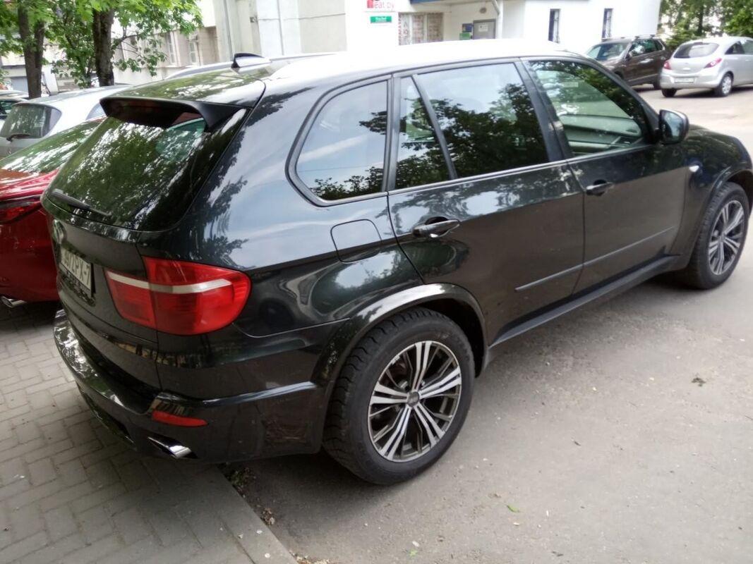 Прокат авто BMW X5 (E-70) черный - фото 2