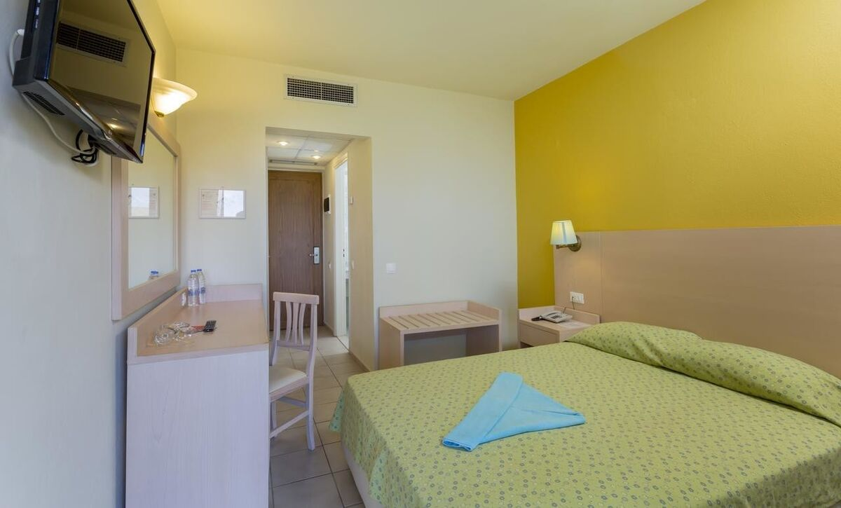Туристическое агентство United Travel Dessole Malia Beach, Крит, Греция - фото 3
