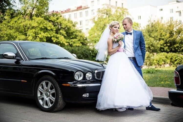 Прокат авто Jaguar XJ8 черного цвета - фото 2