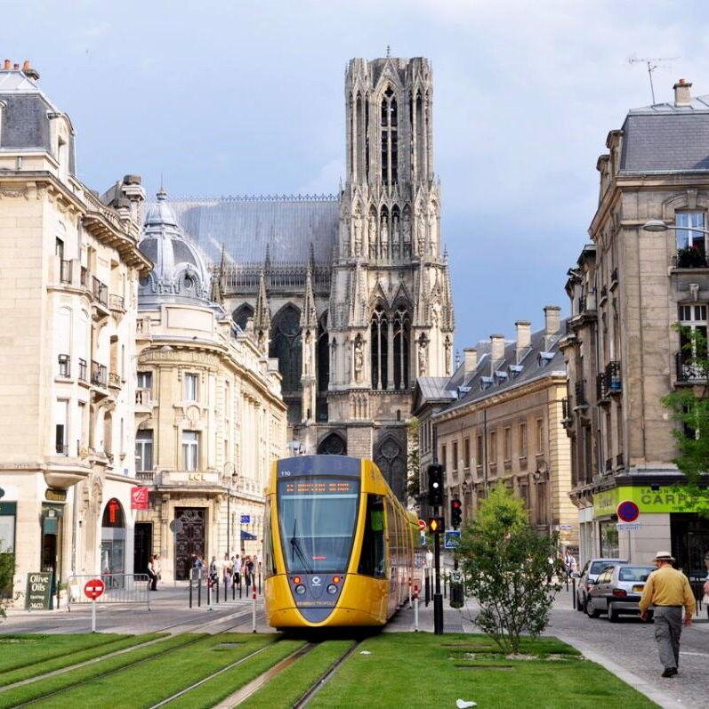 Туристическое агентство Внешинтурист Экскурсионный автобусный тур F2 «Париж – Бенилюкс комфорт» - фото 1