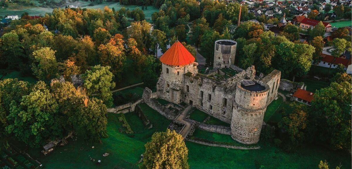 Туристическое агентство Сэвэн Трэвел Латвийские замки в туре выходного дня Рига-Цесис-Сигулда - фото 2