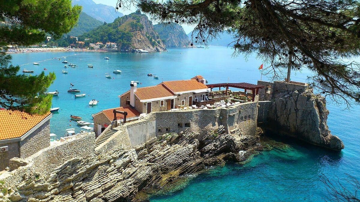 Туристическое агентство ИрЭндТур Автобусный экскурсионный тур с отдыхом на море в Черногории - фото 2
