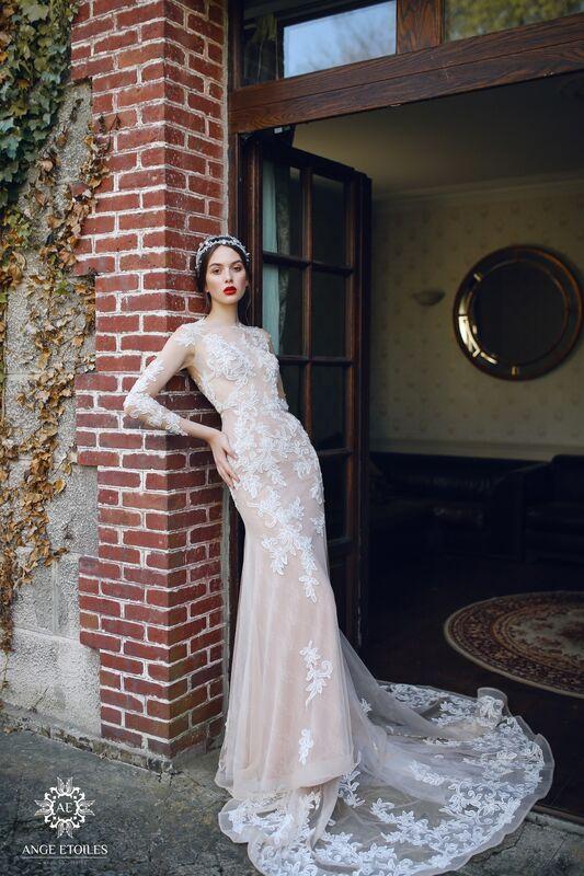Свадебный салон Ange Etoiles Свадебное платье AEriality Collection  Alma - фото 1