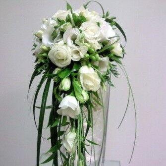 Магазин цветов Фурор Каскадный букет №1 - фото 1