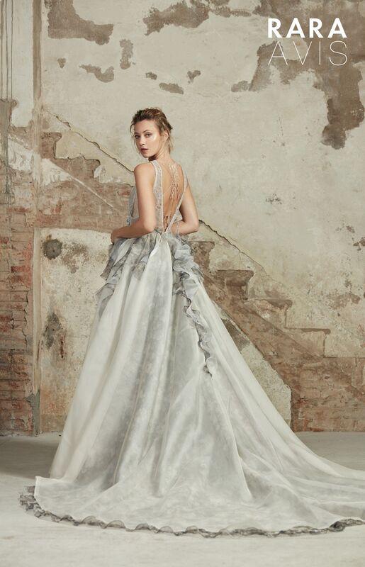Свадебный салон Rara Avis Свадебное платье Floral Paradise Lavin - фото 2