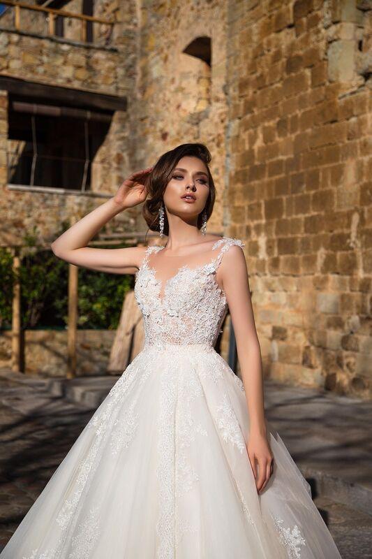 Свадебное платье напрокат Bonjour Платье свадебное «Fiorina» из коллекции LA SENSUALITE 2017 - фото 3