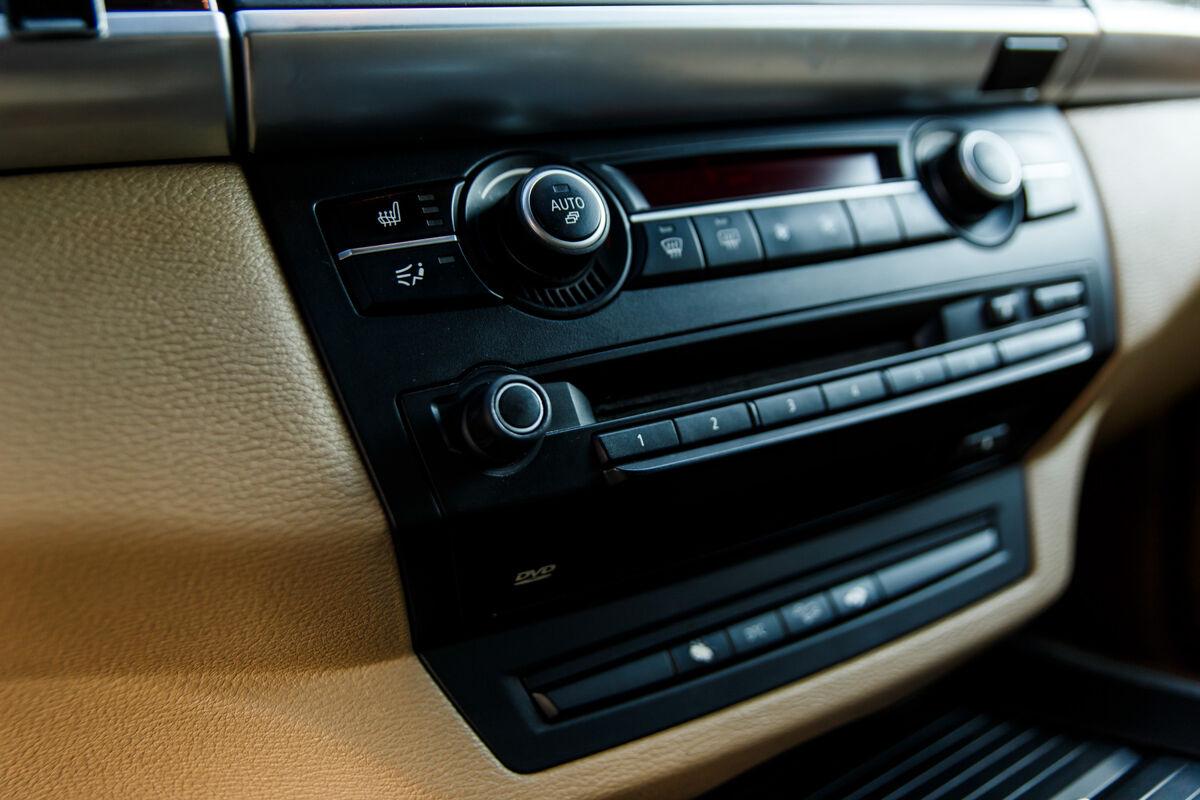 Прокат авто BMW X5 (E70) 2009 - фото 9
