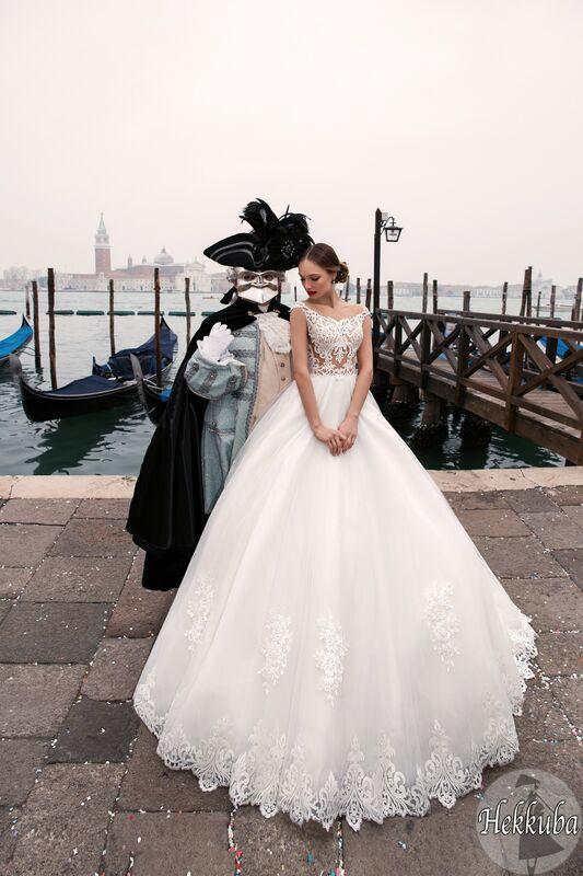 Свадебный салон Bonjour Galerie Свадебное платье «Hekkuba» из коллекции LE DELICE - фото 6