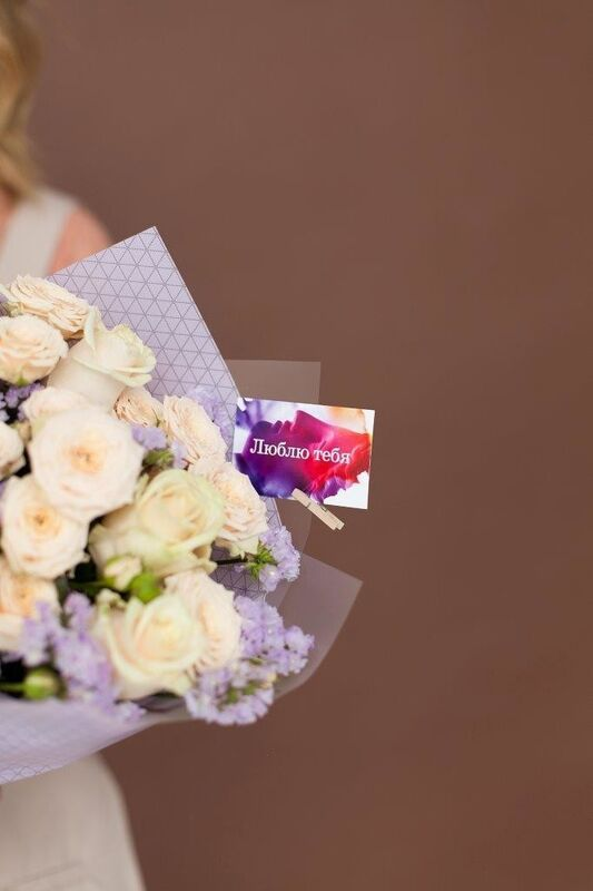 Магазин цветов ЦВЕТЫ и ШИПЫ. Розовая лавка Букет с розой кремовой (диаметр 30 см) - фото 2