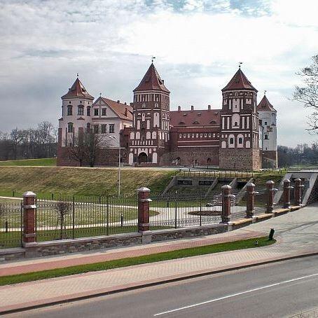 Организация экскурсии Виаполь Экскурсия «Белая Русь: Замки (Мир) 2 дня» - фото 1