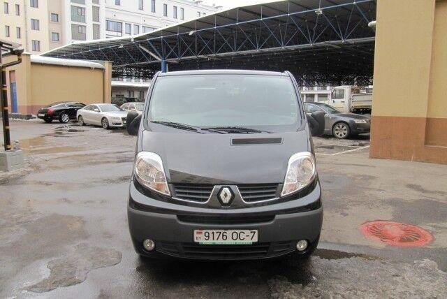 Аренда авто Renault Trafic - фото 1