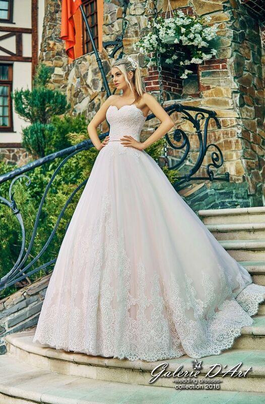 Свадебное платье напрокат Galerie d'Art Платье свадебное «Сандра» из коллекции BESTSELLERS - фото 1