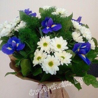 Магазин цветов Цветочник Букет с ирисами - фото 1