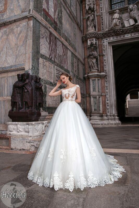 Свадебный салон Bonjour Galerie Свадебное платье «Hekkuba» из коллекции LE DELICE - фото 1