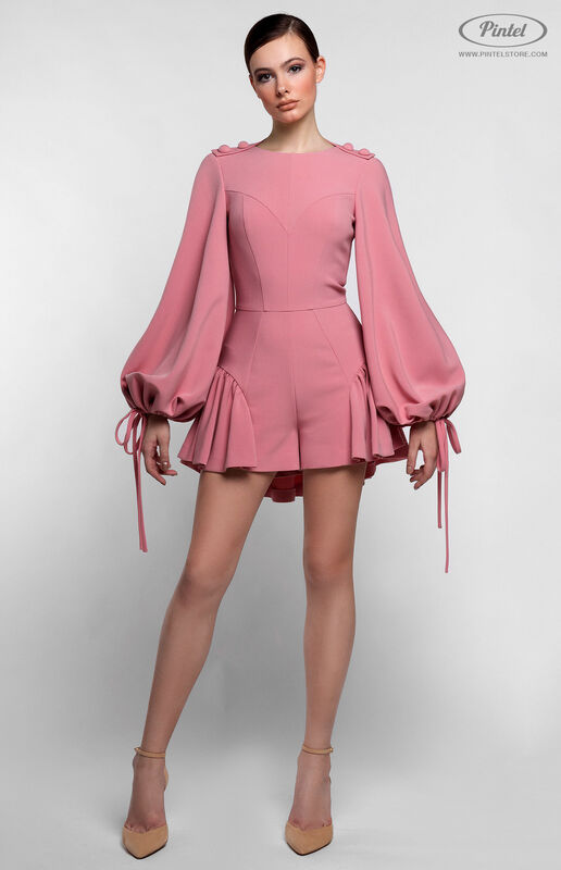 Брюки женские Pintel™ Нежно розовый мини-комбинезон-шорты с воланами по низу NAZENGA - фото 1