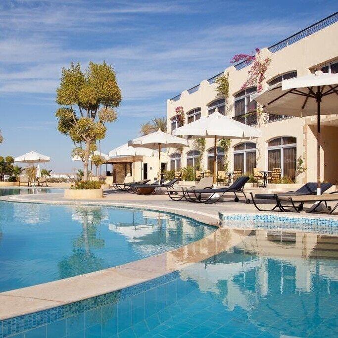 Туристическое агентство Санни Дэйс Пляжный авиатур в Египет, Шарм-Эль-Шейх, Royal Naama Bay Resort 4* - фото 1