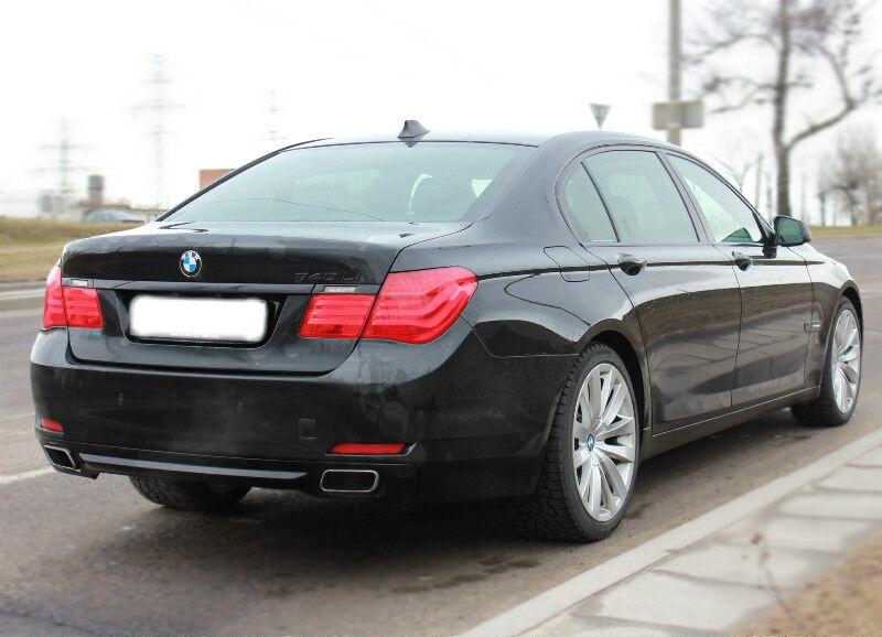 Прокат авто BMW 7 F02 - фото 4