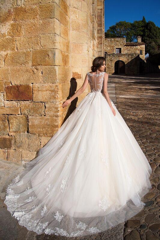 Свадебное платье напрокат Bonjour Платье свадебное «Fiorina» из коллекции LA SENSUALITE 2017 - фото 2