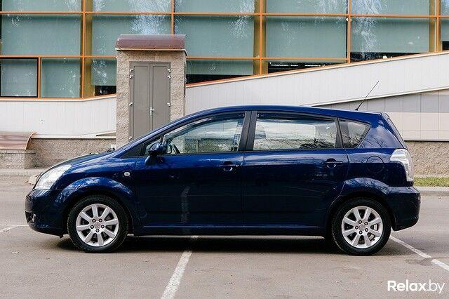 Прокат авто Toyota Corolla Verso 2008 г.в. - фото 3