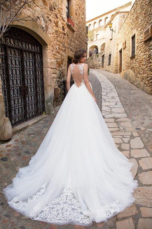 Свадебный салон Bonjour Galerie Свадебное платье «Adriana» из коллекции LA SENSUALITE - фото 5