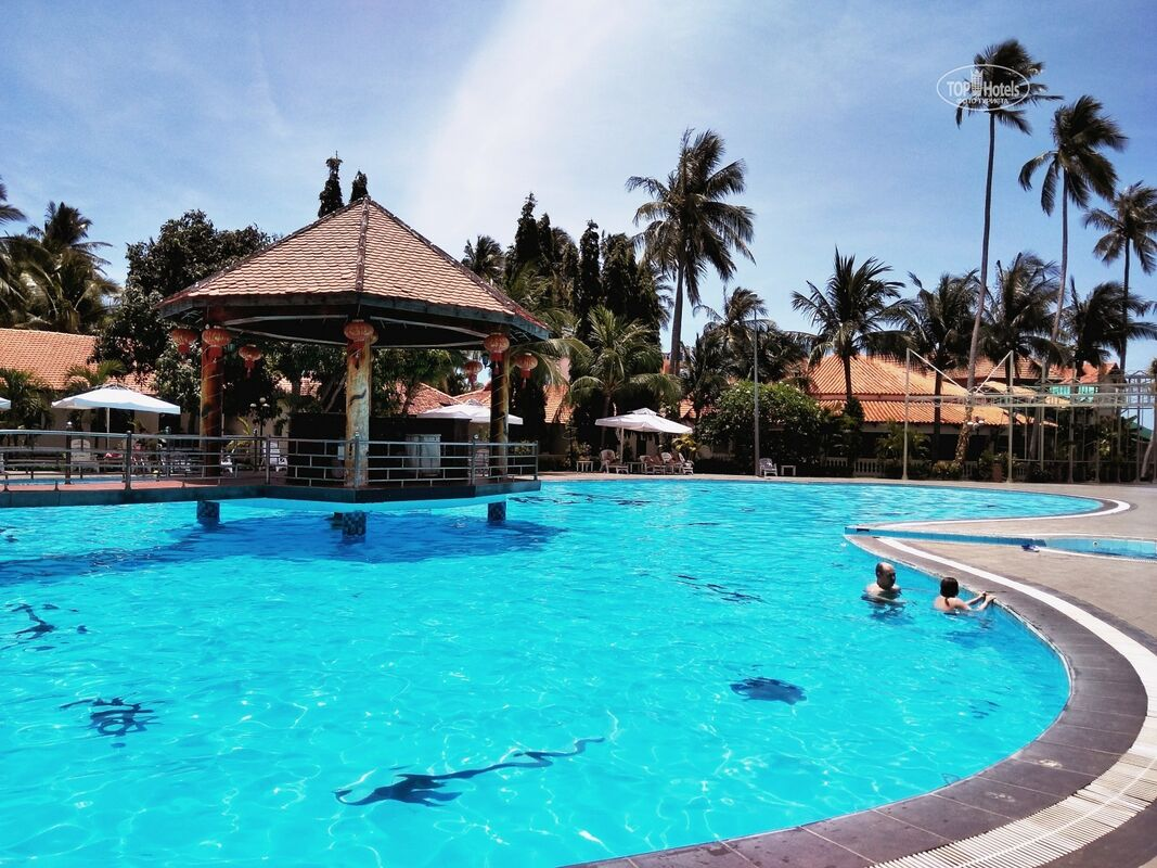 Туристическое агентство VIP TOURS Вьетнам, Фантхиет, Hai Au Mui Ne Beach Resort & Spa - фото 1