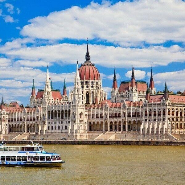 Туристическое агентство Боншанс Комбинированный автобусный тур TR2 «Отдых в Черногории + Европа» - фото 1