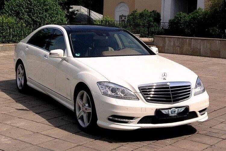 Прокат авто Mercedes-Benz W221 S-class белого цвета - фото 1