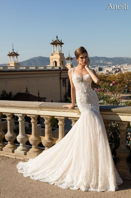 Свадебный салон Bonjour Galerie Свадебное платье «Aneitti» из коллекции LA POESIE - фото 1