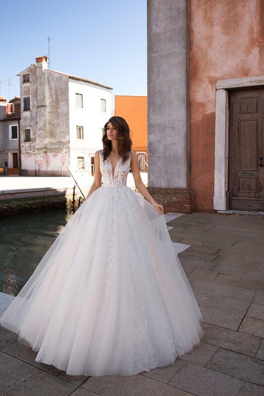 """Свадебное платье напрокат ALIZA свадебное платье  """"Quirinny"""" - фото 1"""