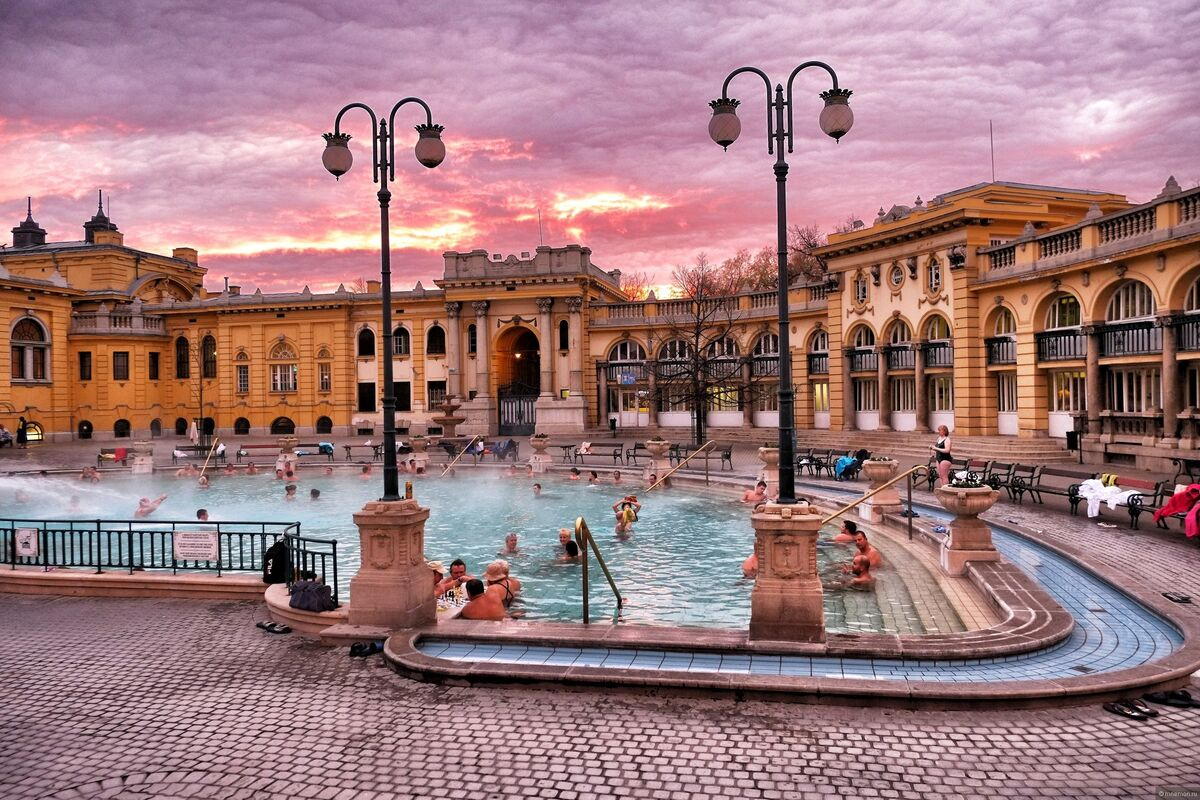 Туристическое агентство Сэвэн Трэвел Автобусный тур «Волшебство трех столиц Будапешт-Вена-Прага» - фото 1