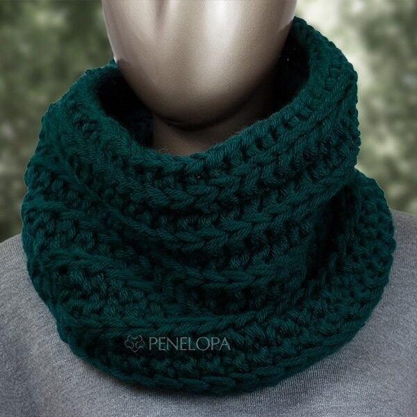 Шарф и платок PENELOPA Вязаный снуд темно-зеленого цвета с изумрудным оттенком M59 - фото 1