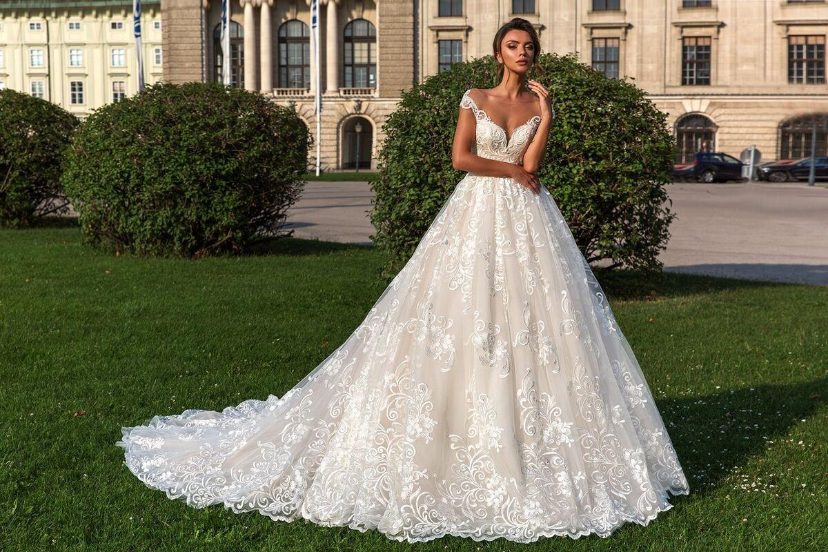 Свадебный салон Crystal Свадебное платье Steffani - фото 1