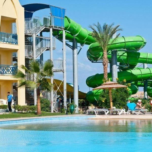 Туристическое агентство География Пляжный авиатур в Египет, Хургада, Titanic Beach Spa & Aqua Park 5* - фото 1