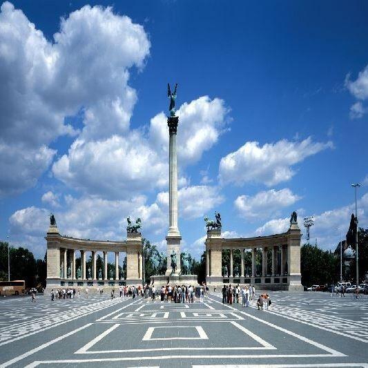 Туристическое агентство АдорияТурСервис Экскурсионный тур «Три столицы» - фото 1