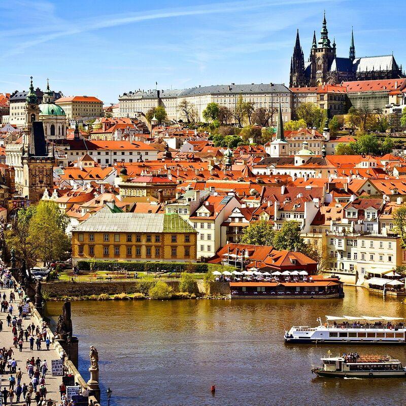 Туристическое агентство Дата Тур Автобусный экскурсионный тур в Чехию - фото 1