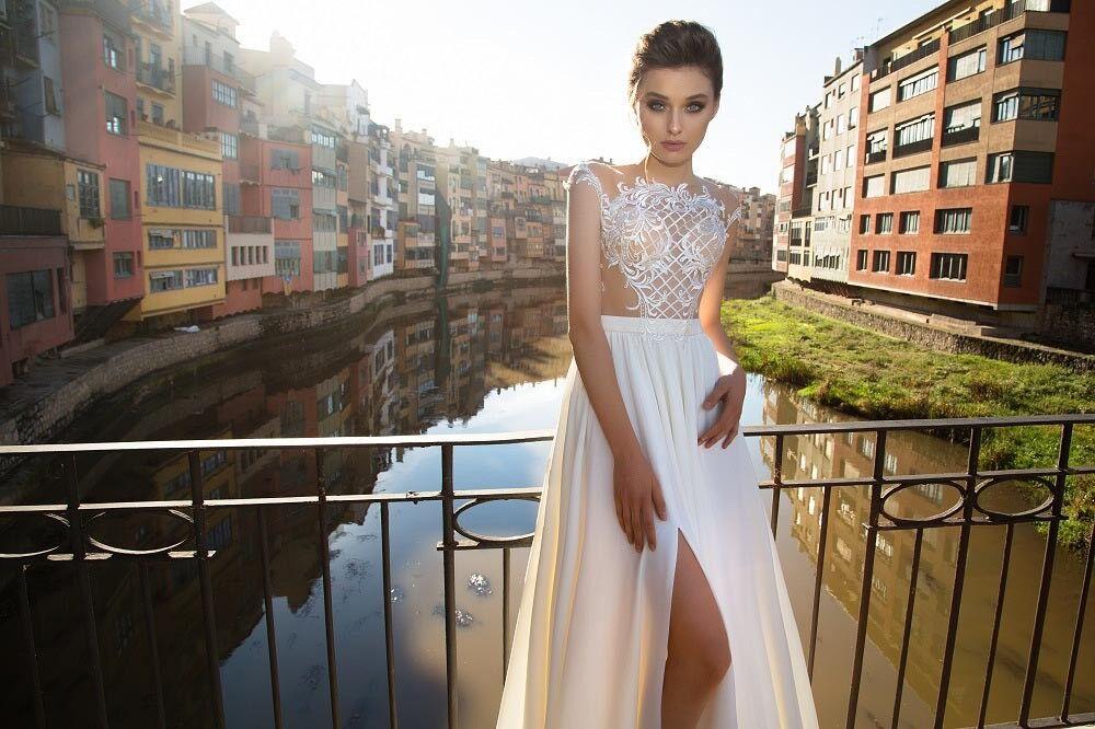 Свадебный салон Bonjour Свадебное платье «Beatris» из коллекции LA SENSUALITE 2017 - фото 2
