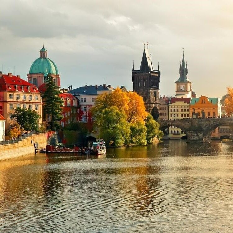 Туристическое агентство Череда Путешествий Автобусный экскурсионный тур «Венгрия-Австрия-Чехия» - фото 1
